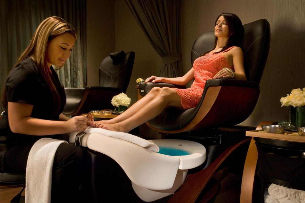 Theme Park Pedicure at Gaylord Palms Resort