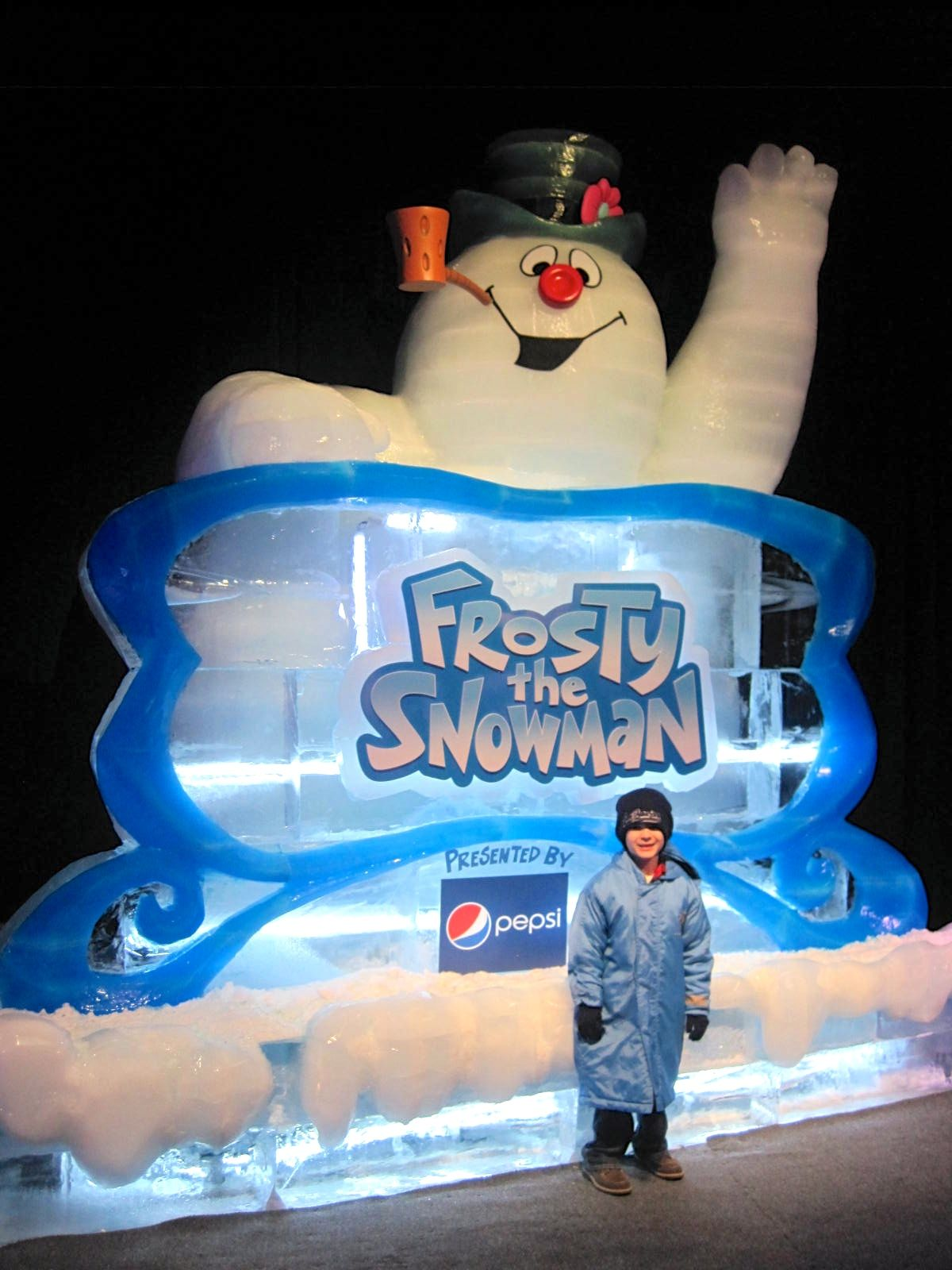 Check Out Frosty The Snowman At Gaylord Palms ICE #GPIce