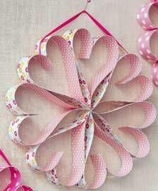 Circle of Love Valentine's Day Wreath