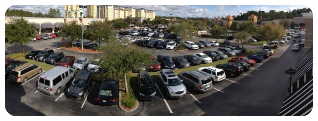 One of the best aspects of the center is easy store front parking, making quick trips to the center a breeze!